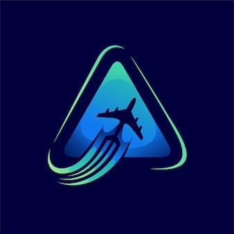 三角形のコンセプトと旅行のロゴ
