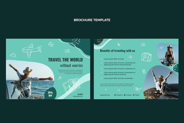 Modello di brochure viaggia per il mondo