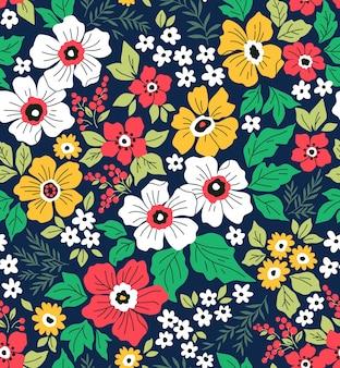 Модный бесшовный цветочный узор