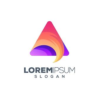 三角形のカラフルなロゴデザイン