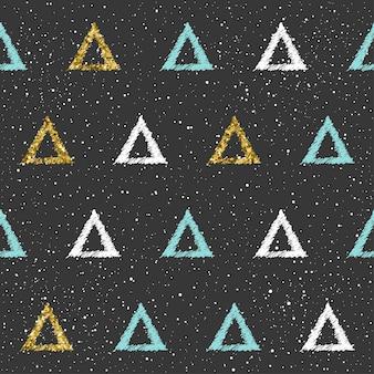 삼각형 완벽 한 배경입니다. 흰색, 파란색 및 금색 삼각형. 카드, 초대장, 책, 일기, 메뉴 커버, 티셔츠, 앨범, 섬유 직물, 의류 등을 위한 추상적이고 매끄러운 패턴입니다. 골드 반짝이 텍스처