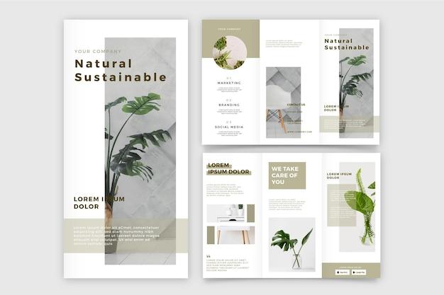 自然の持続可能な植物を使った3つ折りパンフレット