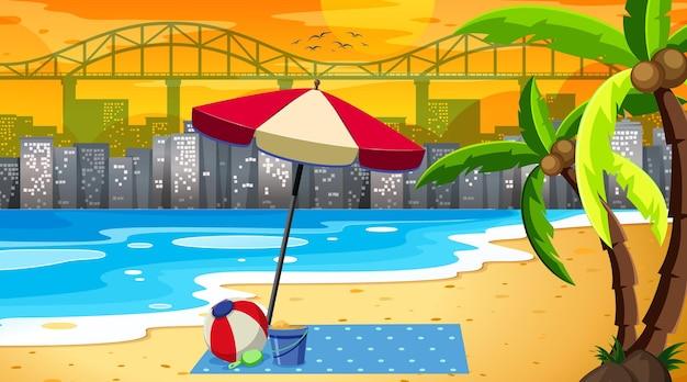 都市景観の背景を持つ熱帯のビーチの風景シーン