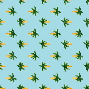 緑のヤシの木の要素と熱帯のシームレスな落書きパターン。青の明るい背景。夏のスタイル。ファブリックデザイン、テキスタイルプリント、ラッピング、カバー用に設計されています。ベクトルイラスト。