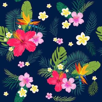 ヤシの葉と花と熱帯のシームレスなパターン。ベクトルイラスト
