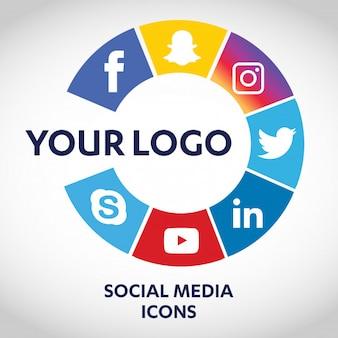 最も人気のあるソーシャルメディアアイコンのセット、twitter、youtube、whatsapp、snapchat、facebook、図表、紙に印刷されたロゴ