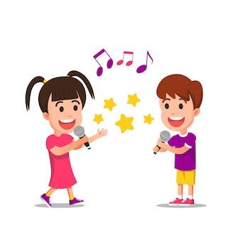 행복하게 노래하는 두 귀여운 아이