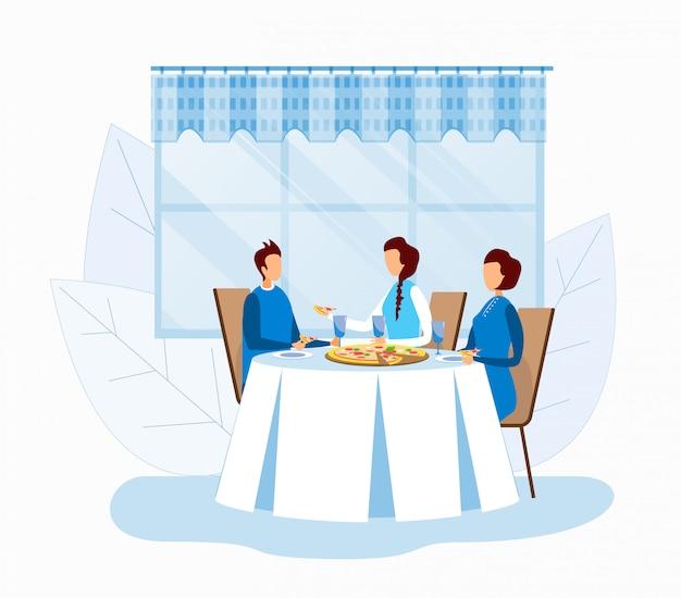 Две безликие женщины и мужчина едят пиццу в пиццерии