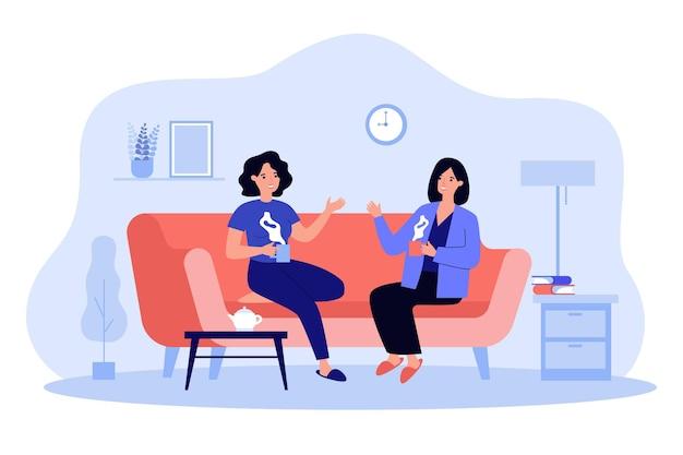 집에서 차를 마시는 두 여자 친구 평면 그림. 커피와 함께 거실에서 소파에 앉아 이야기하고 웃는 문자 만화. 대화와 우정 개념