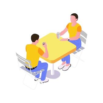 야외 카페 테이블 아이소메트릭에서 플라스틱 안경으로 커피를 마시는 두 사람