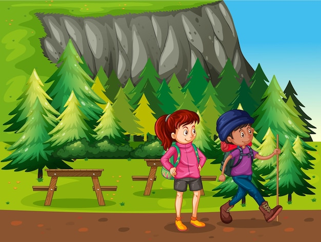 국립 공원에서 하이킹 하는 두 사람