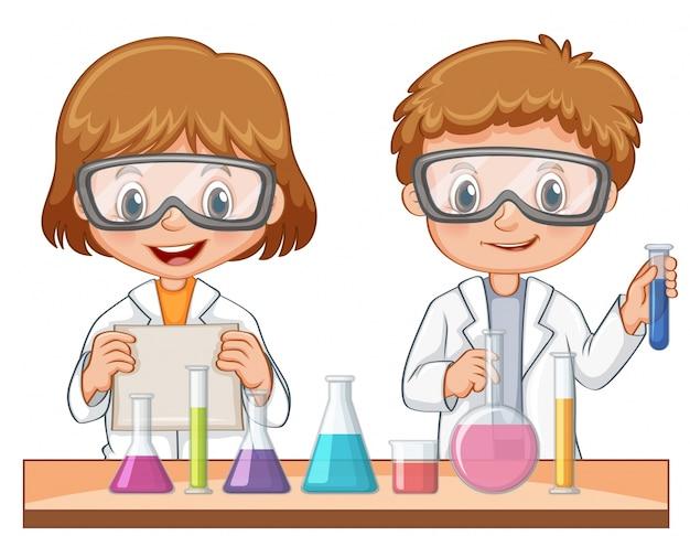 2人の学生が科学実験をする