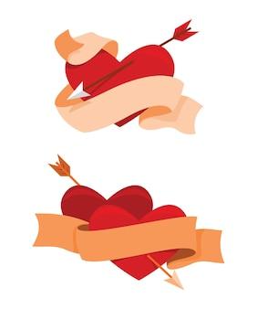 두 가지 스타일의 리본과 하트는 발렌타인 장식을 위해 화살로 찌르고 있습니다.