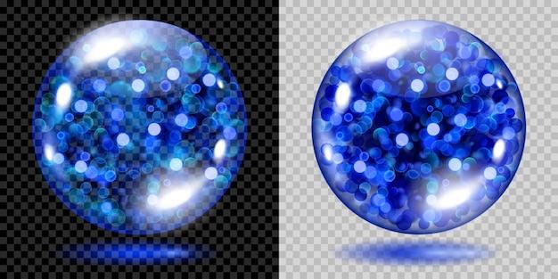 青く光る輝きで満たされた2つの透明な球体がボケ効果で輝きます。青い輝き、まぶしさ、影のある球体。暗い背景と明るい背景で使用します。ベクターファイルのみの透明度