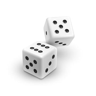 Два белых кубика, изолированные на белом фоне