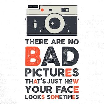 Типографский плакат с камерой старого стиля и цитатой