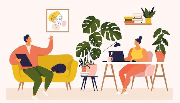 女と男の机と自宅のソファで働いています。カップルは仕事がたくさんあります。彼女のワークデスクでラップトップで作業し、uiとuxをテストする女性。自宅で勉強している学生のイラスト。