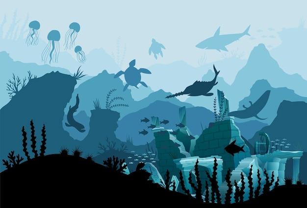 Подводные руины старого города. силуэт фоне синего моря. естественный подводный морской пейзаж