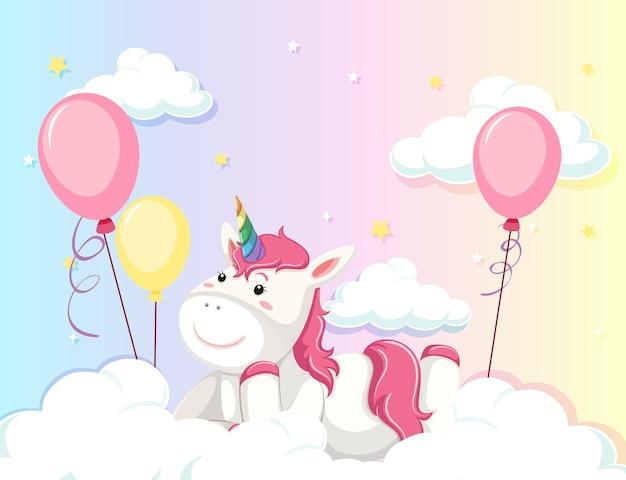 Unicorn giaceva sulla nuvola su sfondo colorato cielo pastello