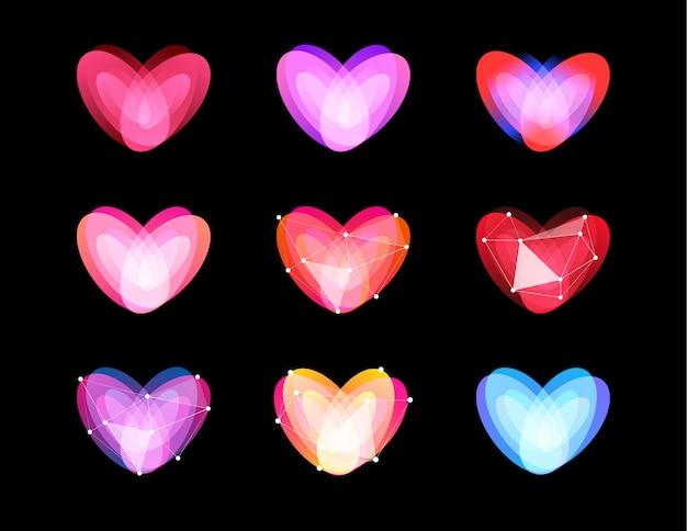 Коллекция необычных сердечек. полигональный дизайн.