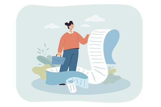 Donna d'affari turbata che tiene una lunga lista di controllo o un documento di pagamento