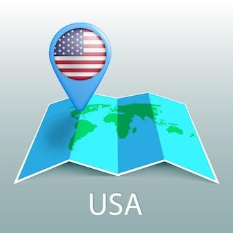 世界地図のピンの米国旗。