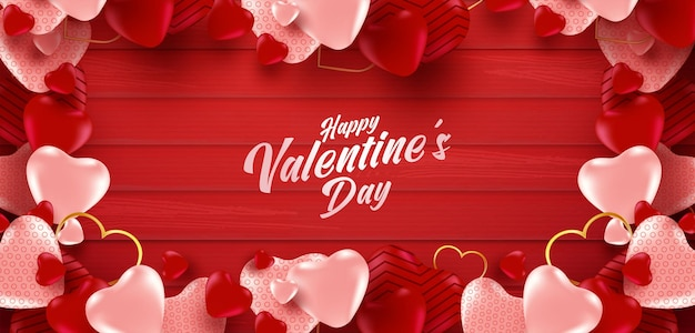 많은 달콤한 마음과 붉은 색 나무 배경에 발렌타인 배너.