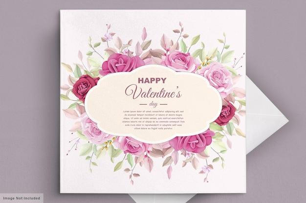 Biglietto di auguri di san valentino con bellissimi fiori e foglie