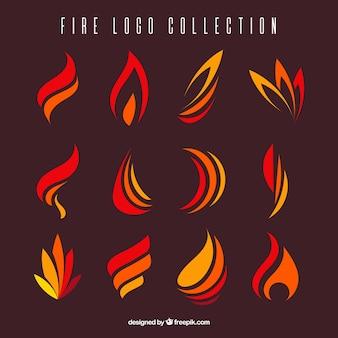 ロゴのための平らな炎の様々な