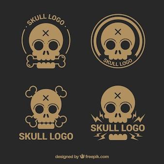 ヴィンテージスタイルで頭蓋骨のロゴの様々な