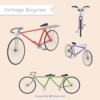 Разнообразие старинных велосипедов