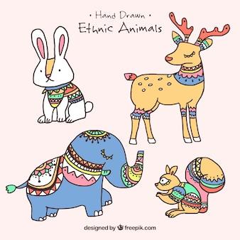 Vari animali disegnati a mano etnica