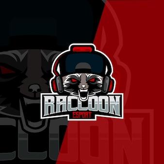 Векторная графика дизайна логотипа esport с scary racoon идеально подходит для использования в logo gaming