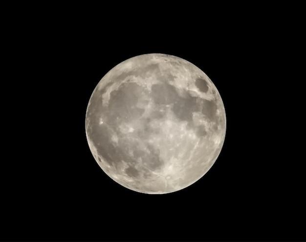 黒い空に分離された満月のベクトル画像