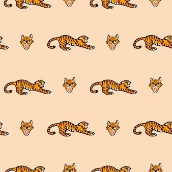 Векторный узор с рычащим тигром в мультяшном стиле на бежевом фоне