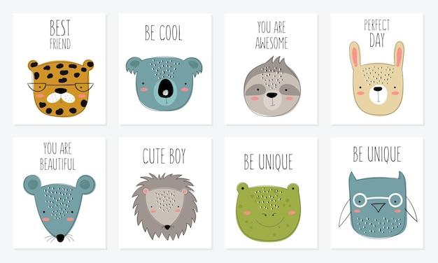 귀여운 낙서 동물과 동기 부여 레터링 문구가 있는 벡터 엽서 컬렉션