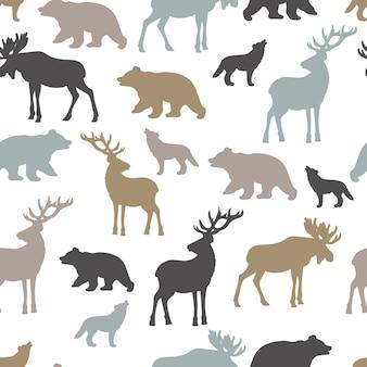 大きな森の動物のシルエットとシームレスなパターンをベクトルします:白い背景の上の鹿、ワピチ、クマ、オオカミ