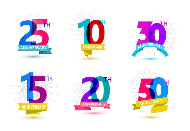 기념일 숫자 디자인 25 10 30 15 20 50 리본이 있는 아이콘 구성의 벡터 세트