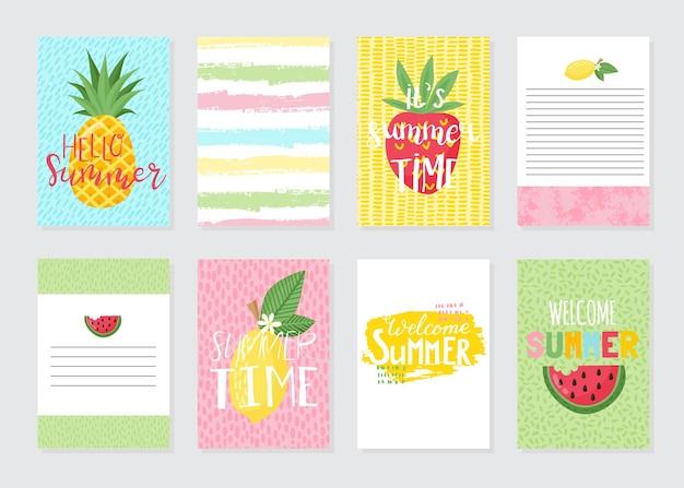 明るい夏のカードのベクトルセット。バナナ、ヤシの葉、フレーズの美しい夏のポスター。ジャーナルカード。