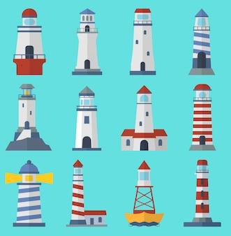 Векторный набор мультфильмов плоских векторных маяков. прожекторные башни для морской навигационной навигации океан и морской маяк. путешествие под парусом сигнал навигации символ.