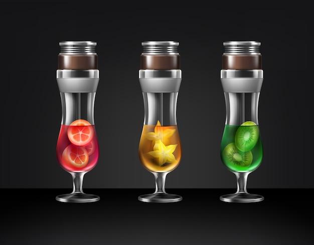 さまざまな果物キウイ、ゴレンシ、暗い背景で隔離のキンカン正面図とハリケーンガラスカクテル水ギセルのベクトルセット