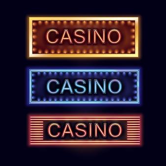 ポスター、チラシ、看板、ウェブサイト、黒の背景で隔離のギャンブルクラブの黄色、青、オレンジ色に照らされたカジノ看板のベクトルセット