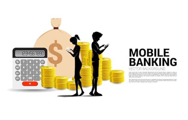 携帯電話と1ドル硬貨のスタックを持つベクトルシルエットの男性と女性。成功の概念モバイル投資とお金の投資。