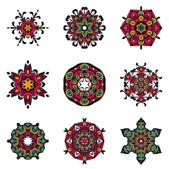 ベクトル部族の要素、民族コレクション、アステカの踏み越し段、部族の芸術、白い背景で隔離の部族のデザイン。マンダラを設定します。丸い飾りパターン