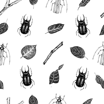 Vector vintage hand drawn vector seamless pattern with beetlles, insects and leaves on a white background. retro illustration