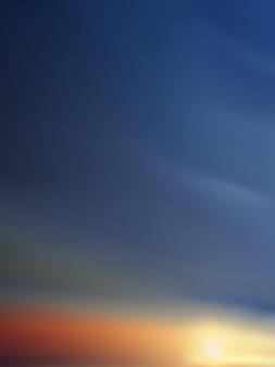 Vecyellowpink 및 푸른 하늘 배경 저녁에 일몰과 함께 수직 극적인 황혼 풍경