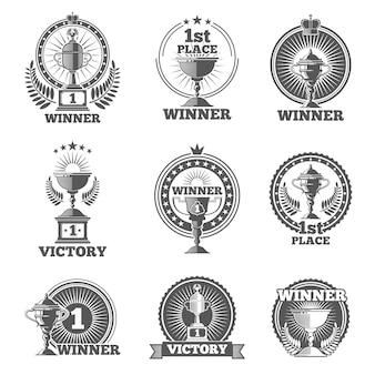 勝利のトロフィーと賞は、ロゴ、バッジ、エンブレムをベクトルします。ウィンカップスポーツ、チャンピオンスタンプ、ベクトルイラスト