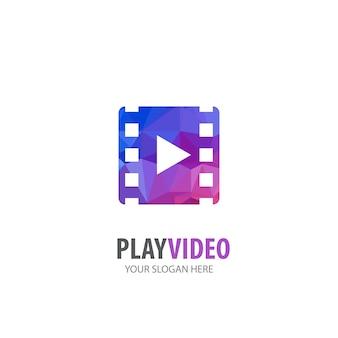 事業会社のビデオ再生ロゴ。シンプルなビデオ再生ロゴタイプのアイデアデザイン。コーポレートアイデンティティの概念。アクセサリーコレクションのクリエイティブビデオ再生アイコン。