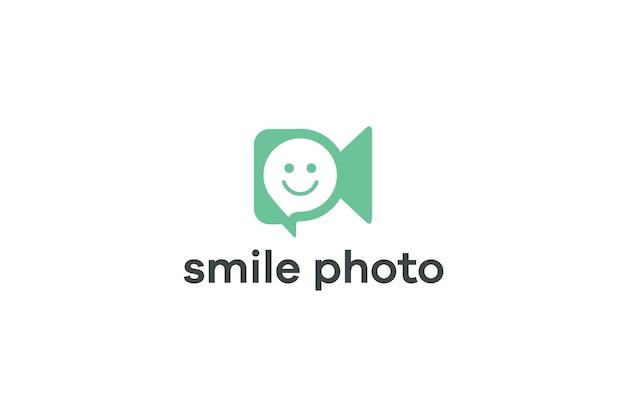 Логотип концепции видеосъемки с улыбающимися людьми