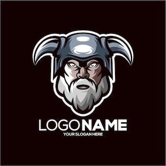 Дизайн логотипа талисмана викинга, изолированного на черном